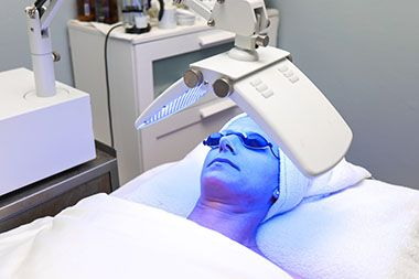 LED-light-facials
